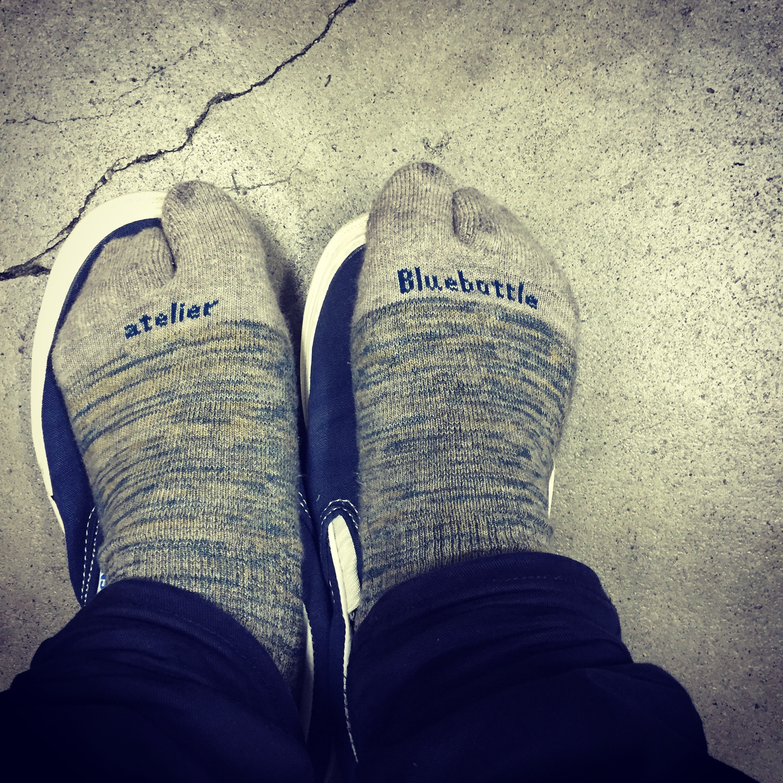 ブルーボトルの靴下。